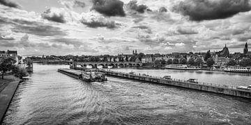 Rivier de Maas in Maastricht van Rob Boon