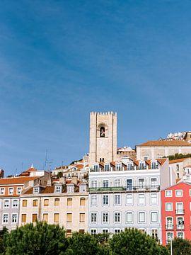 Lissabon | Bunte Gebäude | Altstadt Portugal von Youri Claessens