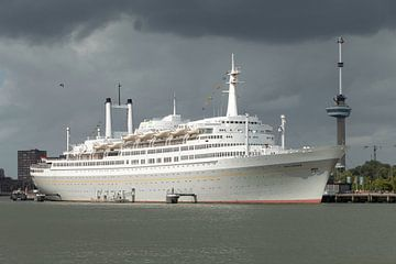 SS Rotterdam van Yvonne Gravestein