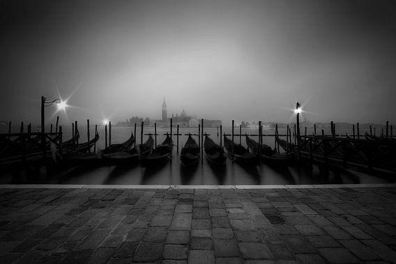 VENICE Foggy View to San Giorgio Maggiore van Melanie Viola