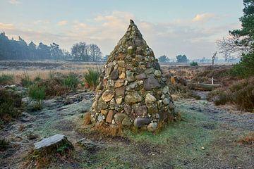 Daniël George piramide op de Noorderheide van Jenco van Zalk