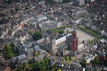 Luchtfoto Vrijthof Maastricht van Aron Nijs