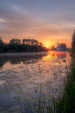 Magnifique moulin le Papillon sur la Linge sur Moetwil en van Dijk - Fotografie