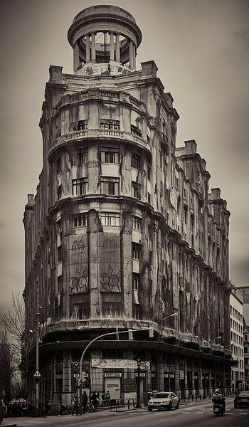 Not New York, it's Barcelona... van Peter v Mierlo