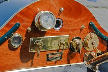Instrumentenbrett eines Oldtimers von Lars-Olof Nilsson