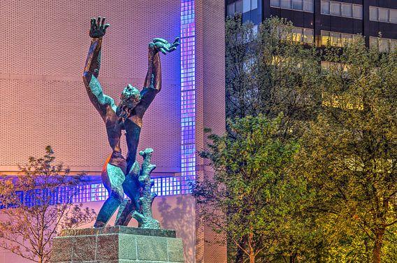 Rotterdam: De Verwoeste Stad van Ossip Zadkine van Frans Blok