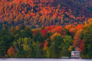 Herfst bij Mirror Lake, Lake Placid, New York State