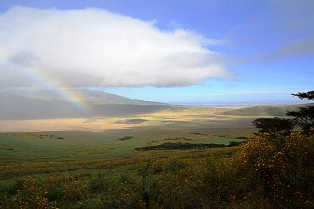 Ngorongoro Rainbow van BL Photography