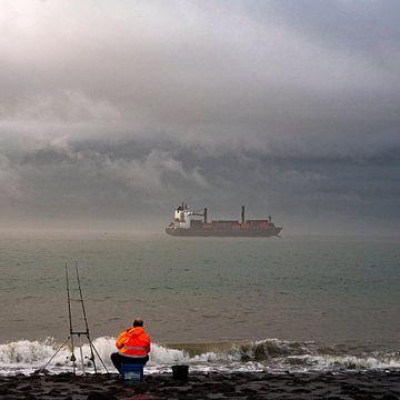 Fischer im Nebel von Beeldpracht by Maaike