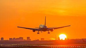 Landing tijdens zonsopkomst