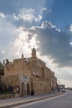 Al Bahr moskee in  Jaffa, Tel-Aviv, Israel van Joost Adriaanse