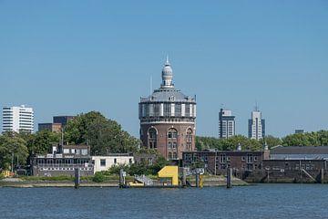 De prachtige watertoren De Esch in Rotterdam