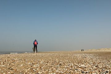 Een bijna leeg strand