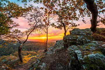 Herbstlicher Sonnenuntergang im Taunus am Zacken von Christian Klös