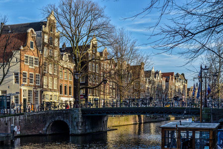 De mooie Brouwersgracht in Amsterdam. van Don Fonzarelli