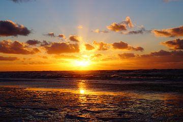 Zonsondergang op het strand von