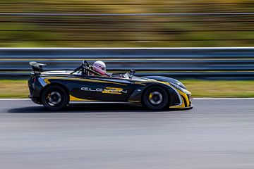 Lotus 2-Eleven op Circuit Park Zandvoort van Robin Hartog