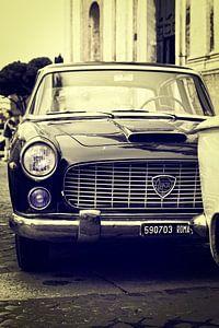 Roma: Lancia in duo-tone