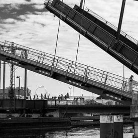 Hebebrücken van Rolf Pötsch