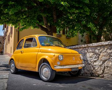 Fiat 500 in Montepulciano van Teun Ruijters