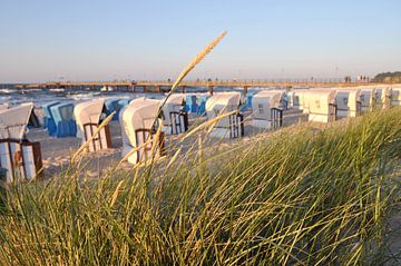 Strandkörbe am Nordstrand in Göhren auf Rügen von GH Foto & Artdesign