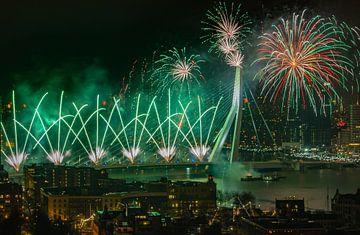 Vuurwerk in Rotterdam van Arisca van 't Hof