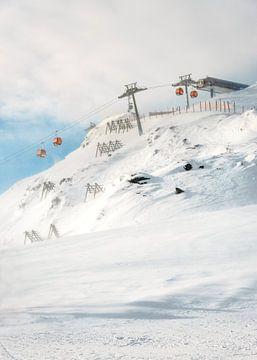 Gondel in Skigebied Zillertal, Oostenrijk van Lenneke van Hassel