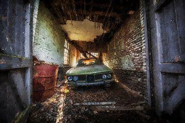 Ein verlassenes Auto / BMW von Digitale Schilderijen