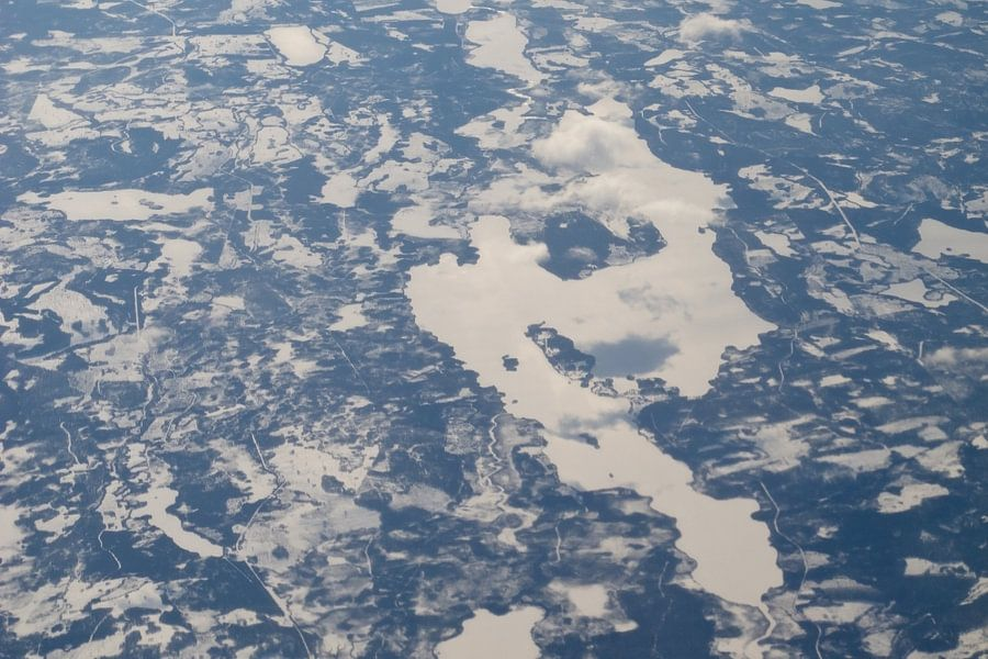 frozen lakes van Guido Akster