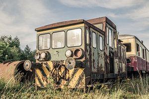 Verlaten  Locomotief van Art By Dominic
