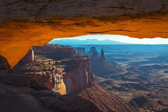 zonsopkomst bij Mesa Arch, Canyonlands, Amerika