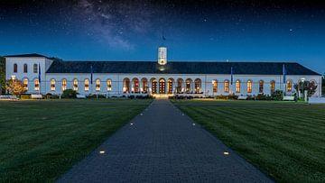 Ciel étoilé au-dessus de la Maison de la conversation sur Steffen Peters
