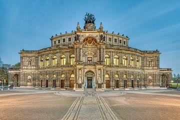 Semperoper in Dresden von Michael Valjak