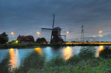 Oude molen bij nacht van Aart Reitsma