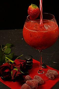 gefrorene Erdbeeren im Crush mit Gin. von Babetts Bildergalerie