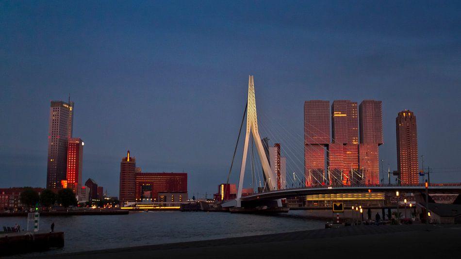 Rotterdam sunset von Niels de Jong