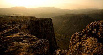 Uitzicht vanaf de berg Arbel van Fotografie door Menno