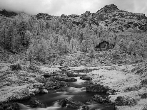 Lienzer hut in de Oostenrijkse Schober Alpen, infrarood opname van