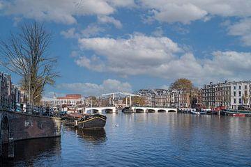 Panorama over de Amstel van Foto Amsterdam / Peter Bartelings