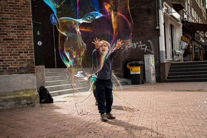 The bubble bursts von Jeroen Mank