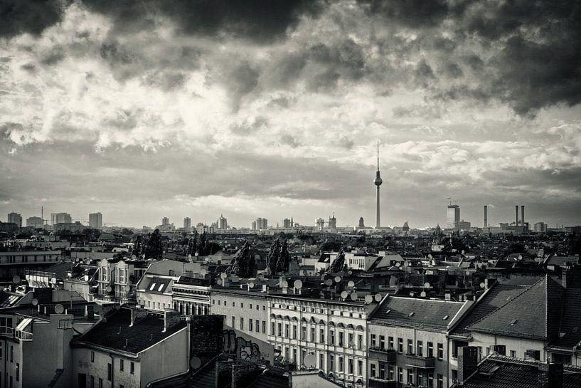 Black and White Photography: Berlin Skyline van Alexander Voss