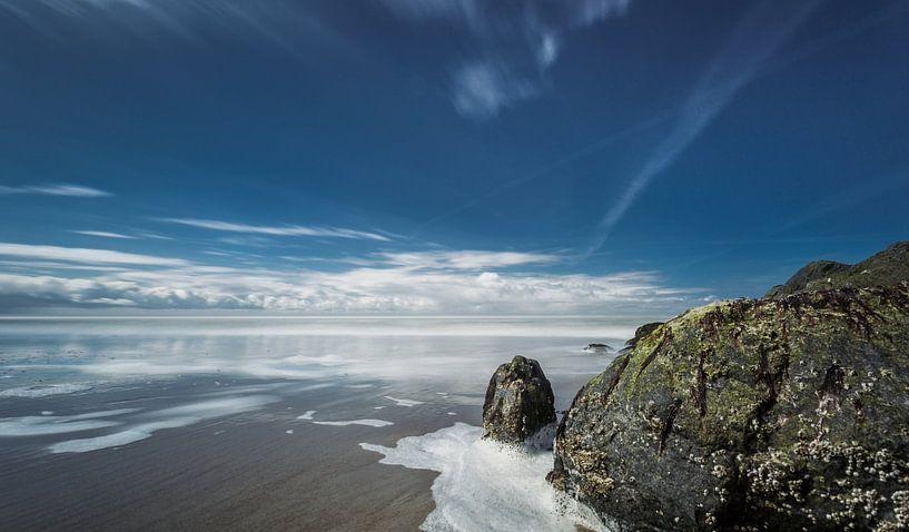 Rots aan de Noordzee kust van Texel van Martijn van Dellen