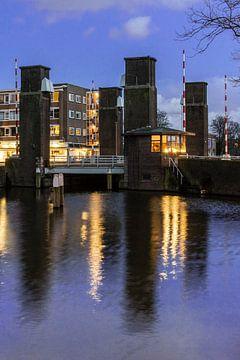 Schiedam, Oranjebrug over de Nieuwe Haven von Jan Sluijter
