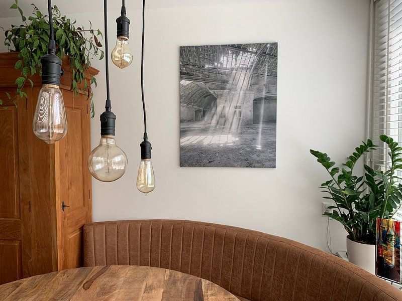 Klantfoto: Verlaten plekken: Sphinx fabriek Maastricht lichtstralen van Olaf Kramer