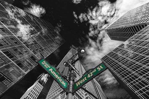 Wolkenkratzer an der 6 Avenue Ecke 42th in New York