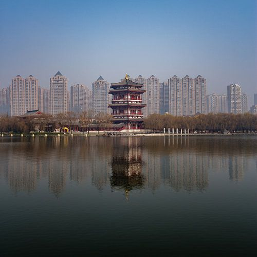 Chinesische Türme: Alt gegen Neu von