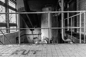 Verlassener Standort in schwarz-weiß