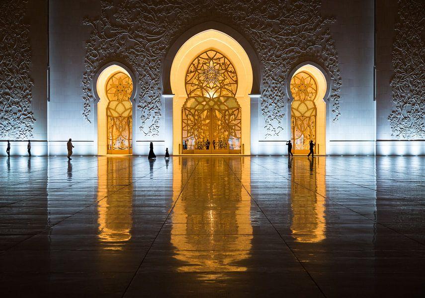 Sheik Zayed moskee, Abu Dhabi van Inge van den Brande