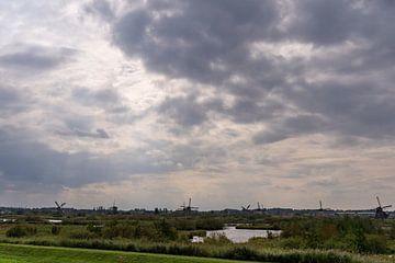 Mühlen an der Uferpromenade von Lieke van Grinsven van Aarle