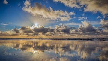 Wolken Reflexion von eric van der eijk